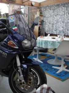 20060722 Middagen är serverad